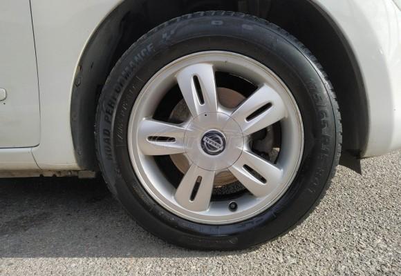 Nissan Micra Auto